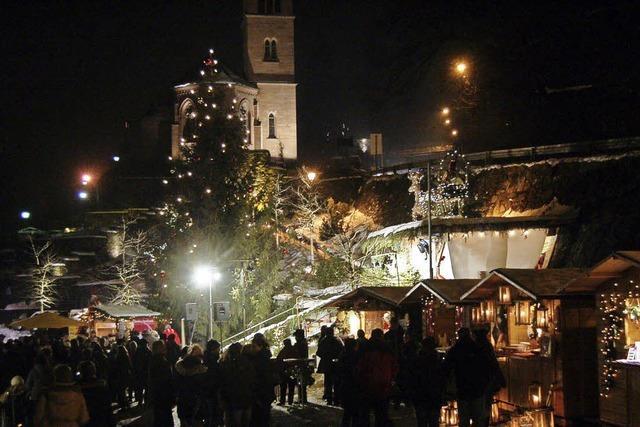 Grenzüberschreitender Weihnachtsmarkt in beiden Laufenburg