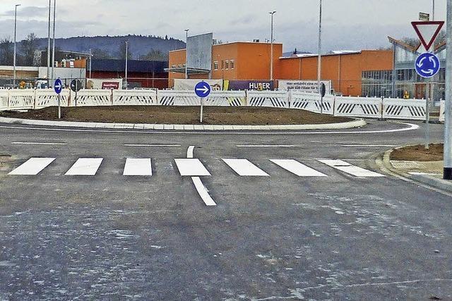 Neuer Kreisverkehr ist freigegeben