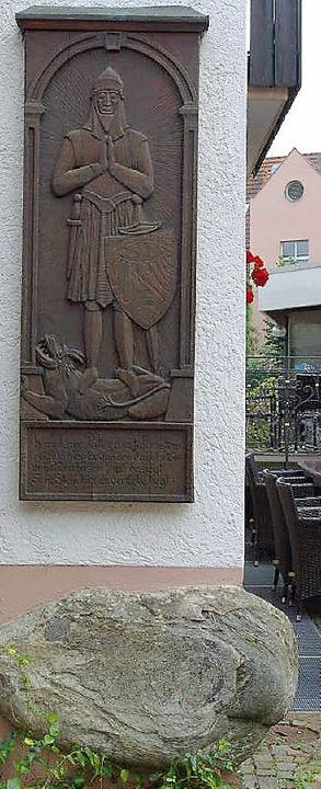 Kunos Bildnis  von Gerd von Rucktesche...eufel nach ihm geschmissen haben soll.  | Foto: Dargleff Jahnke/Archiv