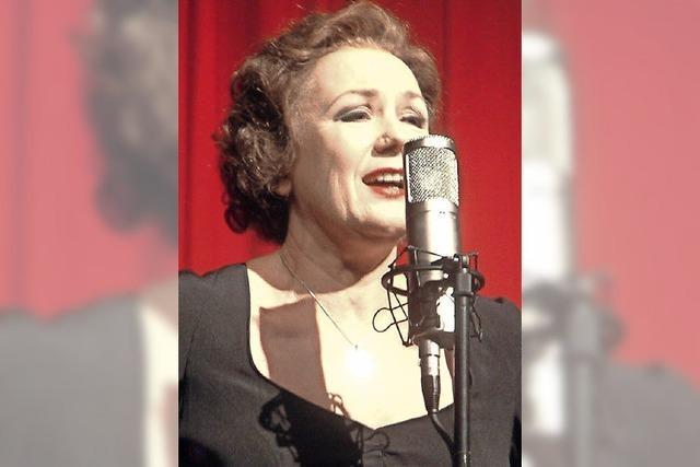 Eindrucksvolle Piaf-Hommage im Bad Säckinger Kursaal