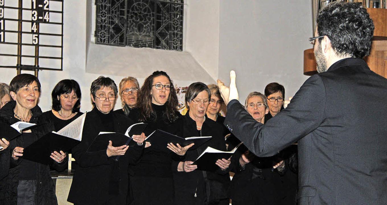 Der Chor Cantemus aus Gundelfingen.   | Foto: Horst David