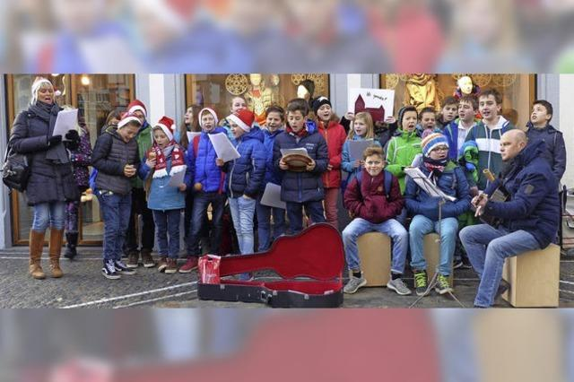 Realschüler als Straßenmusiker