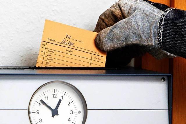 Mehr als Acht-Stunden-Tag: Chefs rütteln an Arbeitszeit