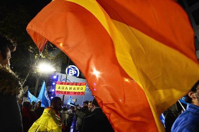 Spanier wählen erstmals vier Parteien ins Parlament