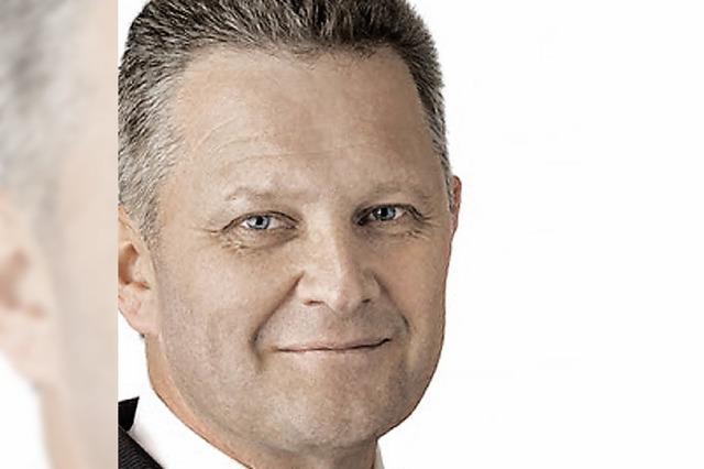 Joachim Hurst kommt für Brenneisen