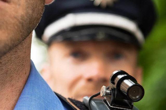 Schulterkameras für Polizei: Test in Freiburg und Mannheim verzögert sich