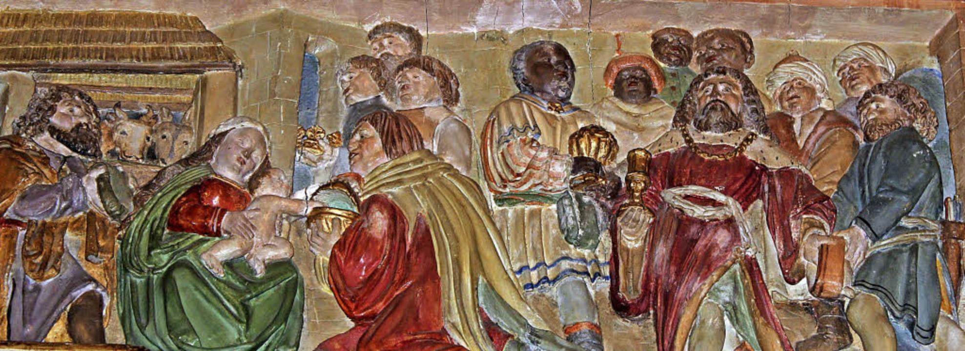 Anbetung  des  Christuskindes durch di...  Relief  im Sockel des Altar-Schreins    Foto: Hermann Jacob