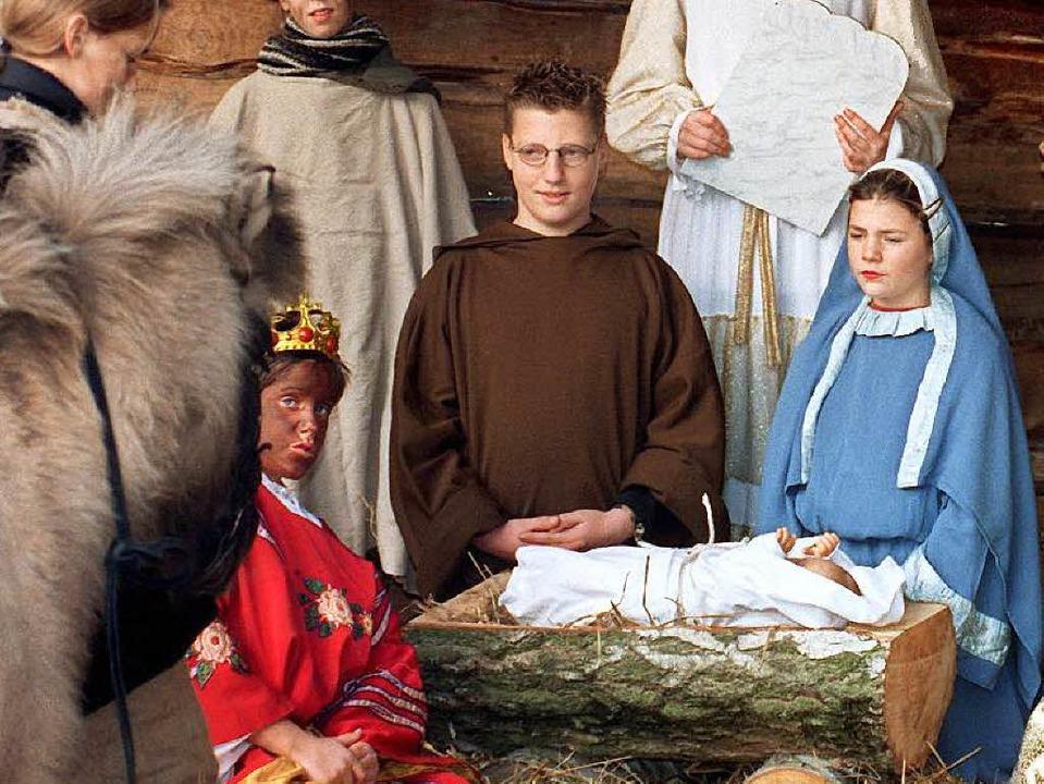 Maria, Josef und das Christuskind &#82... lebende Krippe in Nordrhein-Westfalen  | Foto: dpa