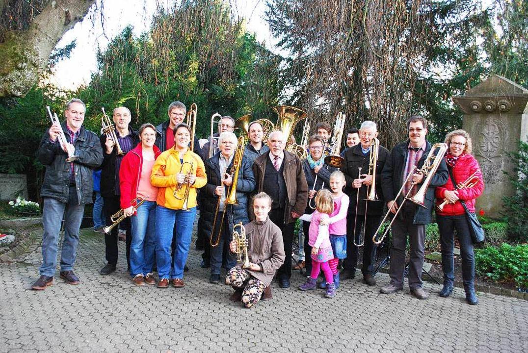 Die Posaunengruppe um Traugott Wettach.  | Foto: Sylvia-Karina  Jahn