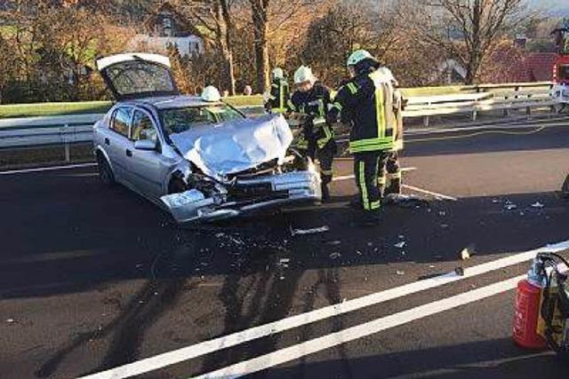 Verkehrsunfall auf der B 294 bei Siensbach