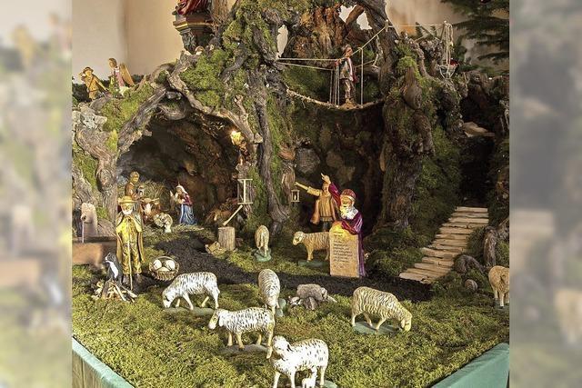 60 Kilo Steine, 45 Liter Wasser und viele Figuren in der Weihnachtskrippe von St. Barbara