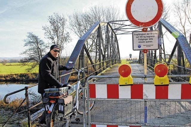 Die Eisenbrücke bricht
