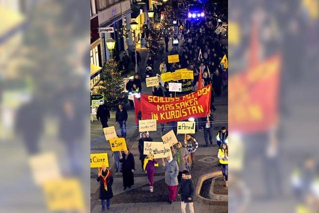 Kurden demonstrieren