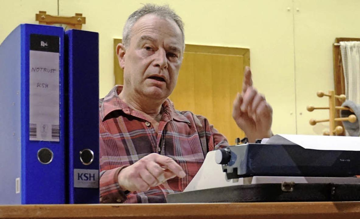 Nicht mehr ganz nüchtern und zornig:  ...n gesalzenen Brief an Lehrer Stupfer.     Foto: Julius Steckmeister