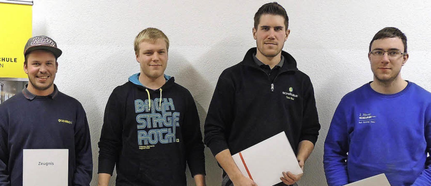 Lob und Preise erhielten Timo Rünzi (v... Jona, Johannes Mayer und Nico Bölle.   | Foto: Gewerbeschule