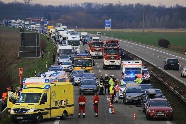 Unfall auf der A5 bei Ettenheim – eine Spur ist wieder befahrbar