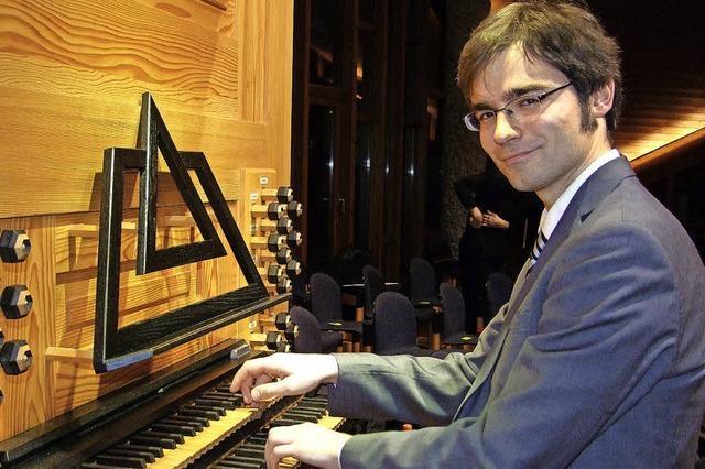 Organist Matthias Flierl spielt in der Christuskirche