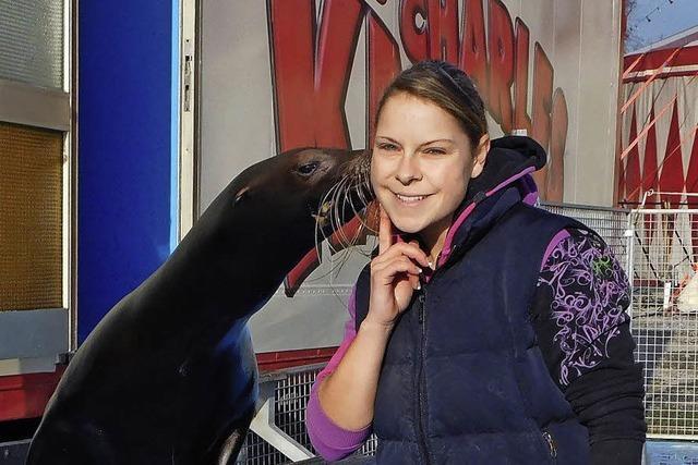 Janine von der Gathen ist Tierlehrerin im Zirkus
