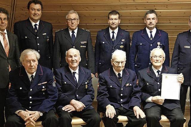 Vier Männer sind seit 65 Jahren dabei
