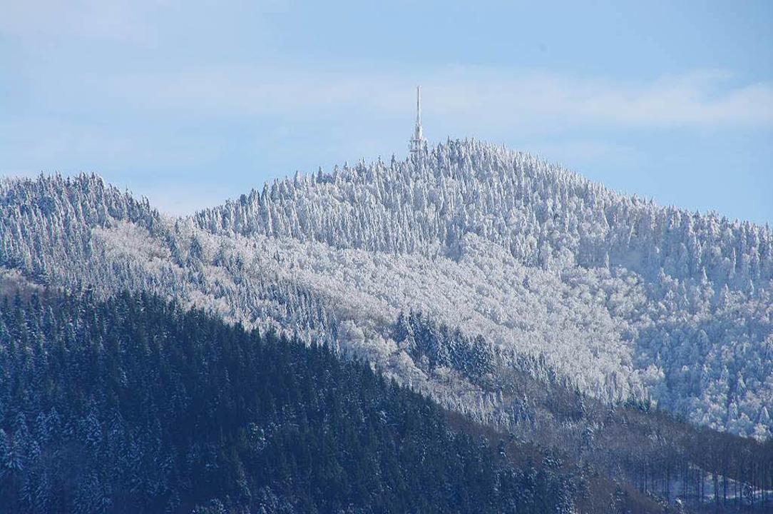 Der Blauen  gilt als der Hausberg des ...on zum Schwarzwald zum Ausdruck kommt.  | Foto: Martin Pfefferle