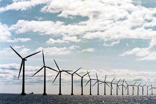 Auf Land und See werden Windanlagen benötigt