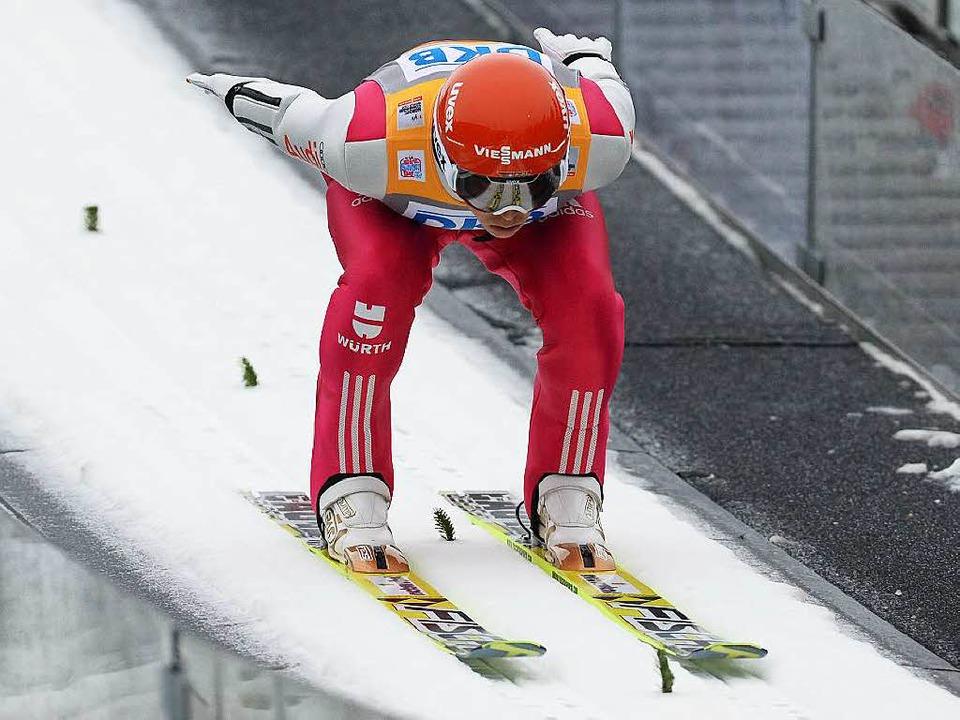 Eric Frenzel am 3. Januar 2015 auf der...ettkampf wegen Schneemangels abgesagt.    Foto: dpa