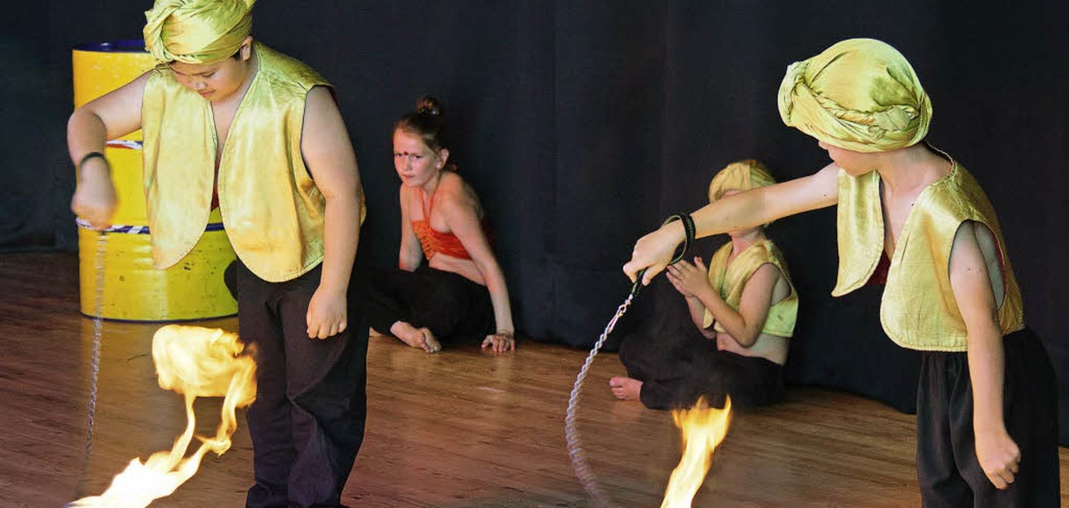 Für ein Projekt mit Zirkuspädagogen au...lt in der Grundschule Ausnahmezustand.    Foto: Olaf Michel