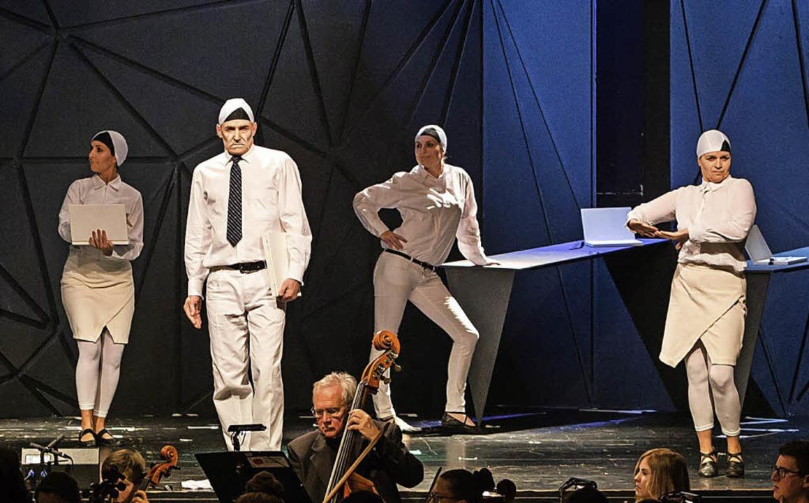 Eindrucksvoll auch die Kostüme und die ausdrucksstarke Choreographie  | Foto: Faruk Ünver