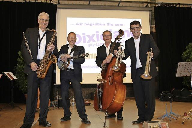 Frühschoppen-Konzert mit Helmut Dolds Dixiequartett in Freiburg
