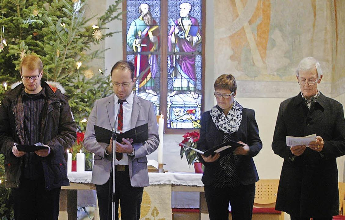 Fürbitten aus allen vier Kirchengemein...mi (katholische Gemeinde  Höllstein).   | Foto: Winter