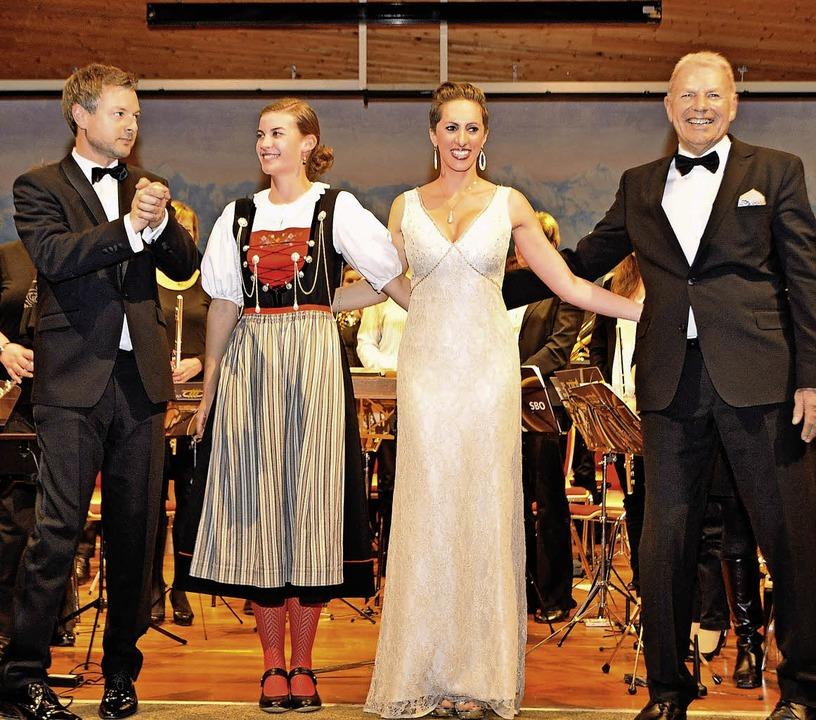 Große Freude über das begeisterte Publ...l begeisterte Lisa Stoll das Publikum.    Foto: Herbert Schnäbele