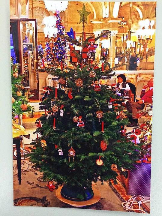 Der Baum von Robert Schmidt bei der Versteigerung im Hotel de Paris in Monaco.  | Foto: Privat