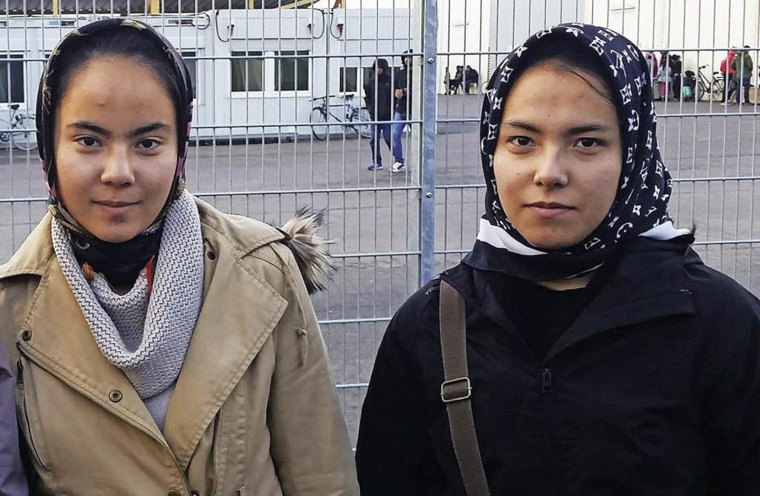 Narges und Nasrin Jalili (von links) aus Afghanistan  | Foto: David Weigend
