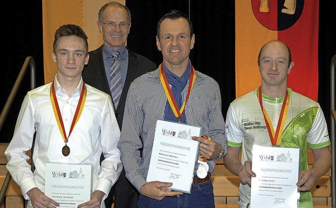 Sportlerehrung in Wyhl: von links Josh...im Ruth, Mike Müller und Stefan Vitt.   | Foto: Jürgen Schweizer