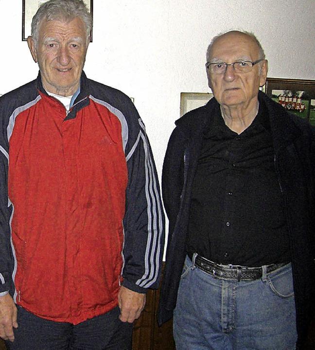 TuS-Präsident Sahner (links) dankte de...Richtung Tuniberg verabschieden will.     Foto: Zvg
