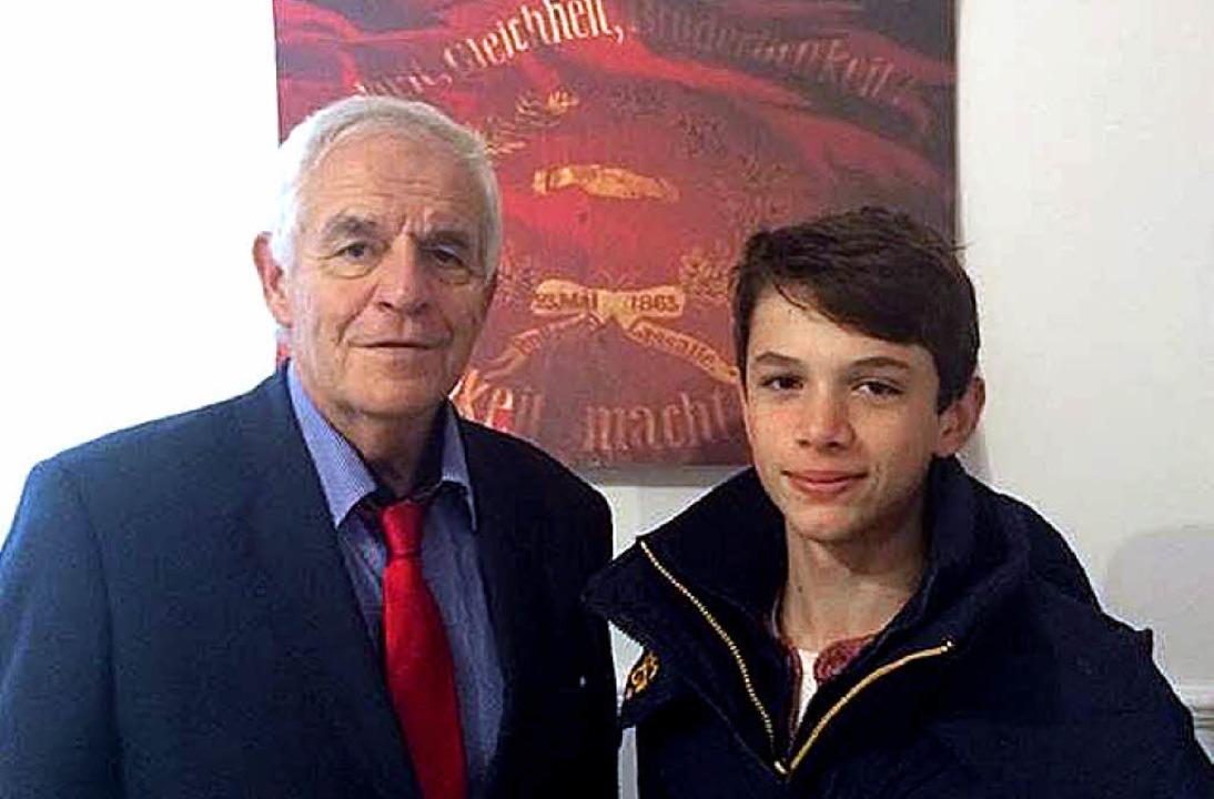 Rainer Stickelberger mit Unicef-Juniorbotschafter Niklas Thiel     Foto: zvg