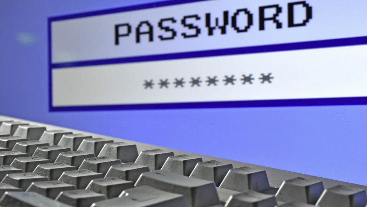 Auch im Bereich des  Polizeipräsidiums Freiburg nimmt  Internetkriminalität  zu.    Foto: Stratenschulte/dpa