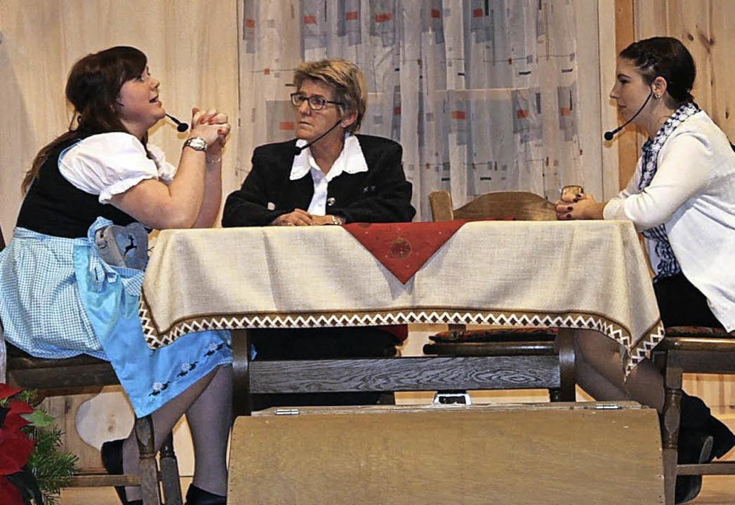 Die Frauen wollen den Ehemännern das Saufen austreiben.     Foto: a. mutz
