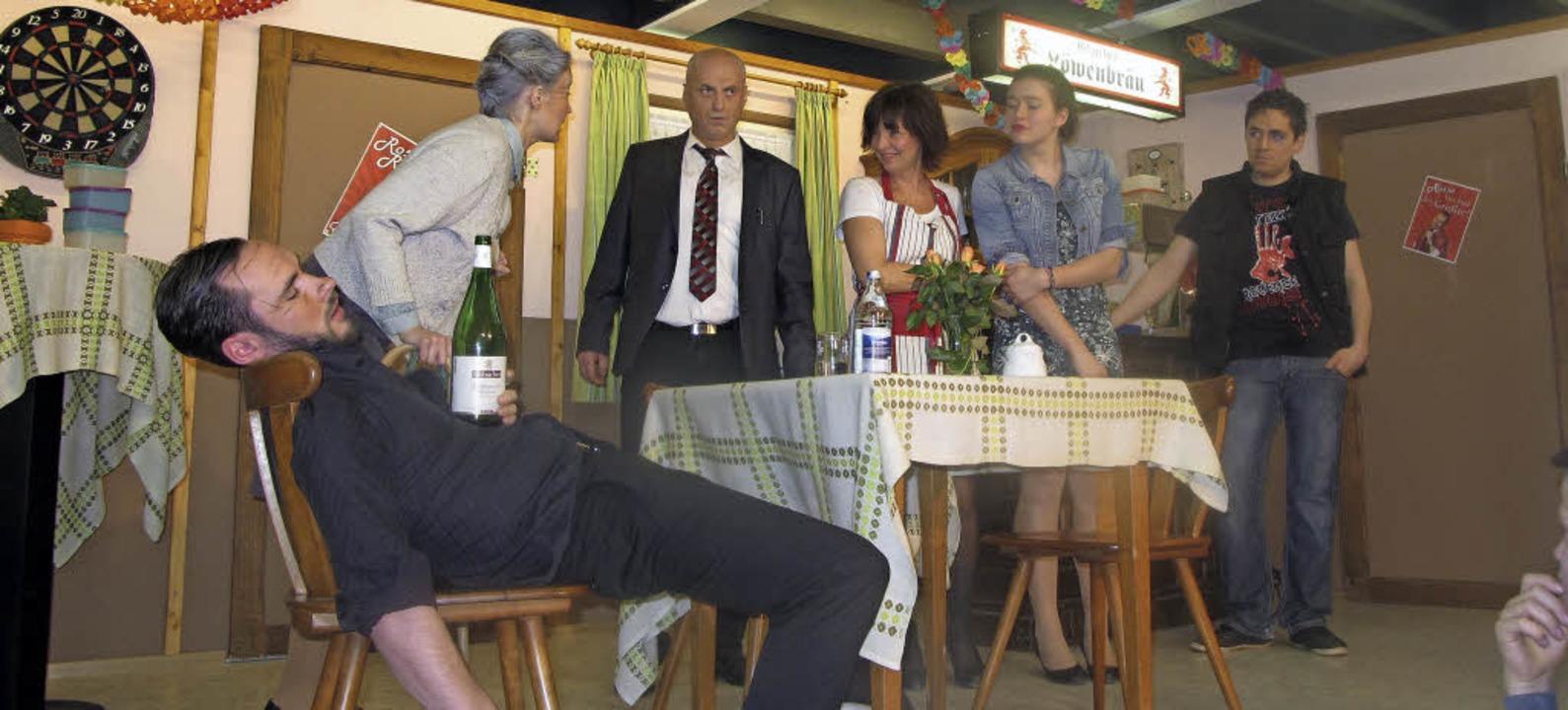 Die Schlagerkarriere von Rosso Rosini ...(Philipp Lupfer) neues Glück gefunden.    Foto: Helmut Häringer