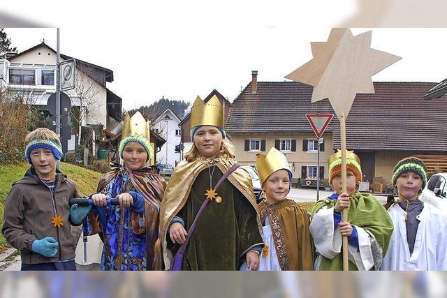Katholische Kirchengemeinde Dinkelberg sendet 30 Sterninger aus