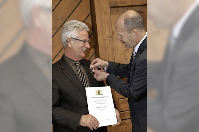 Ehrennadel des Landes für Eberhard Hummel