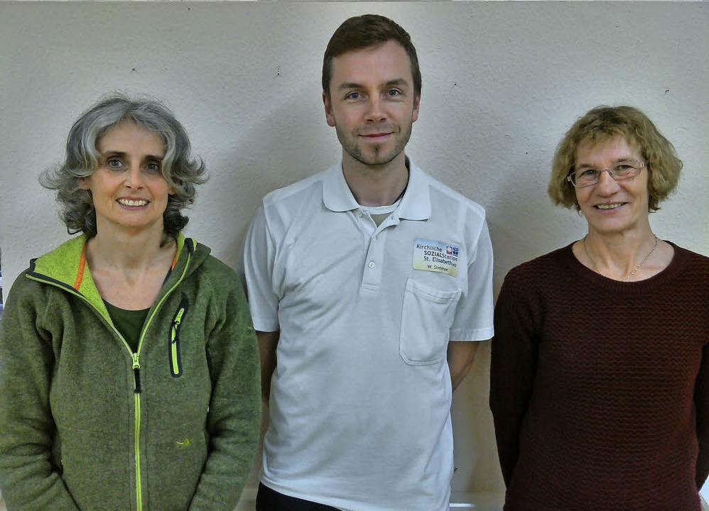 Carmen Röckelein, Wolfgang Steimer und...dete Palliative-Care-Fachpflegekräfte.    Foto: zvg