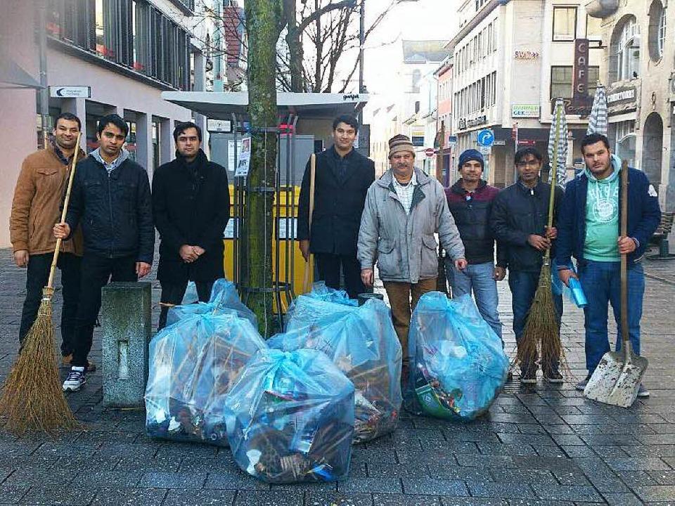 Muslimische Stadtreiniger: Mitglieder .... Der Werkhof unterstützte die Aktion.  | Foto: zvg