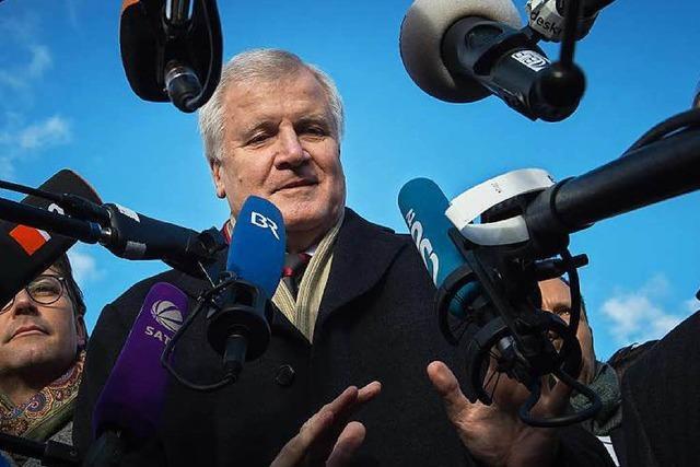 Flüchtlingszahlen: CSU stellt der Kanzlerin eine Frist