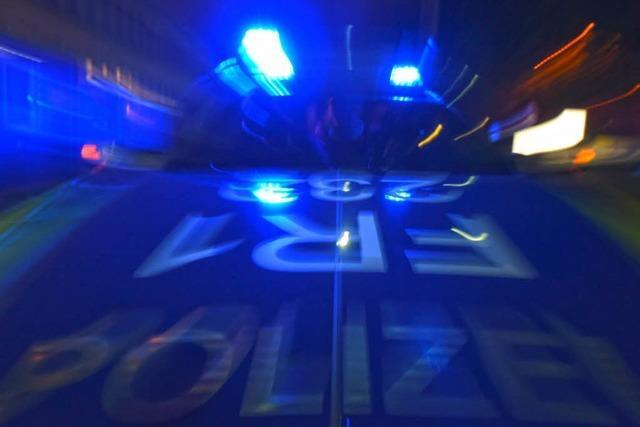 Vierergruppe vergewaltigt zwei Mädchen in der Silvesternacht