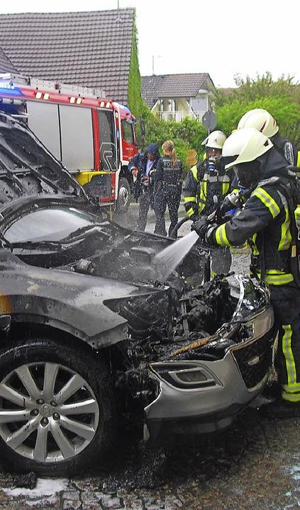 Einer von vielen Einsätzen: Autobrand in Tannenkirch  | Foto: privat