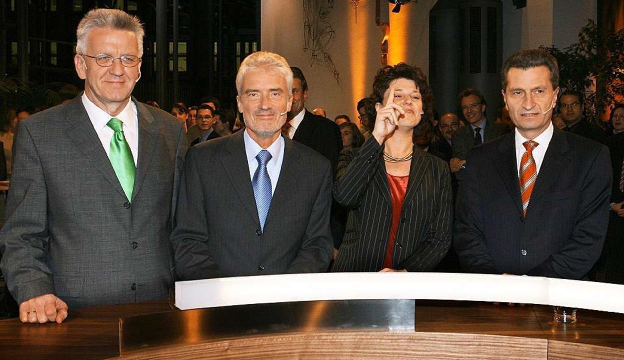 Andere Zeiten: So sah das Podium vor z...hmann, Goll, Vogt und Oettinger (v.l.)  | Foto: dpa