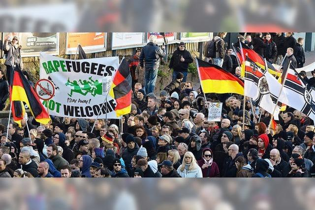 Unterstützung für Merkels Kurs der Offenheit bröckelt