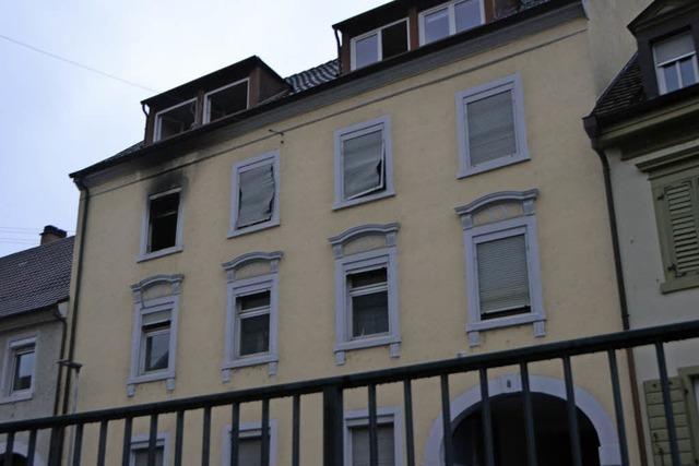 Vier Verletzte bei Wohnhausbrand