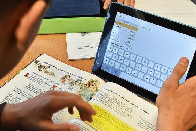 Elftklässler testen Unterricht mit Tablets – was sagen Lehrer dazu?